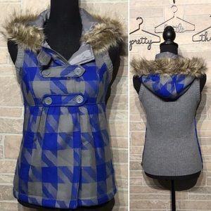 Bongo - Sz S - Sweater vest fuzzy hood plaid adorb